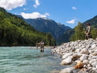 Beautiful B.C. backdrop to fly fishing on this helicopter fly-in fishing trip